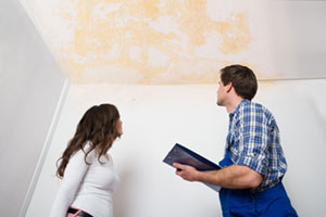 signs of a mold problem from a water leak
